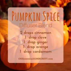 pumpkin spice diffuser blend PLUS recipes for 20 fall diffuser blends -- easy, non-toxic ways to make your home smell like fall using essential oils.  and there's even a FREE PRINTABLE of all the fall diffuser blend recipes!!