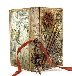 Junk Journal, Eileen Hull Sizzix Journal, Travelers Journal, Maggi Harding