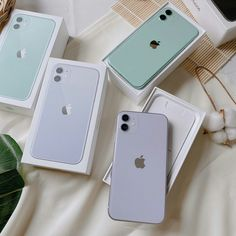 Apple Laptop, Apple Iphone, Apple Brand, Iphone Pro, Ipad, Aesthetic Phone Case, Cool Tech Gadgets, Expensive Gifts, Cool Iphone Cases