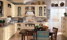 Gyönyörű klasszikus olasz konyhák - tradicionális, vidéki, mediterrán stílusokban - Scavolini, Margot konyhabútor