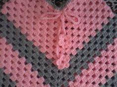 Damaris Fazendo Arte: Poncho infantil de crochê! Diy Clothing, Blanket, Sewing, Knitting, Accessories, Squares, Alice, Knit Jacket, Basic Crochet Stitches