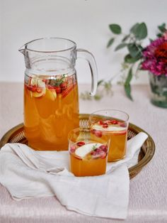 Apple Cider Meets Sangria In This Perfect Holiday Cocktail #Refinery29