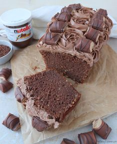 Nutella Bueno Loaf Cake – The Baking Explorer – kids baking ideas Nutella Chocolate Cake, Nutella Bread, Chocolate Sponge, Chocolate Traybake, Chocolate House, Baking Recipes, Cake Recipes, Dessert Recipes, 13 Desserts