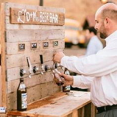 All you need to know about to plan an incredible bar for your wedding's cocktail hour or reception! Photo via Sweet Little Photographs.