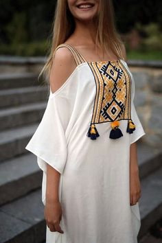 53 Spring Fashion 2019 To Rock This Year – Women Fashion Trends 53 Moda Primavera 2019 para arrasar neste ano Trend Fashion, Abaya Fashion, Modest Fashion, Boho Fashion, Spring Fashion, Fashion Dresses, Womens Fashion, Winter Fashion, Petite Fashion