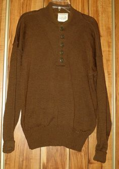 Vintage Men's Jack Young Olive Drab Military 100% Wool Sweater Size XL X-Large
