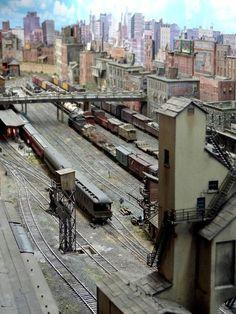 """Franklin & South Manchester Revisited"" Photo by John Sullivan. N Scale Model Trains, Model Train Layouts, Scale Models, South Manchester, Train Info, Escala Ho, Model Training, Ho Trains, Train Set"