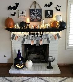 31 Halloween Home Decoration Ideas to Bring Out the Creepy Impression # Decoration Well yes! Halloween will be here soon and you need to think about the fun things to be brought inside your home. When it comes to Halloween Spooky Halloween, Fete Halloween, Diy Halloween Decorations, Holidays Halloween, Halloween Crafts, Halloween Fireplace, Outdoor Halloween, Vintage Halloween, Halloween Costumes