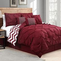 Create a modern touch to your living room with the selection of this Truly Soft Everyday Pleated Velvet Duvet Sets Red King Duvet Set. Twin Comforter Sets, Duvet Sets, Duvet Cover Sets, Coral Bedding Sets, Turquoise Bedding, King Size Bedding Sets, King Duvet Set, King Comforter, Bedroom Decor