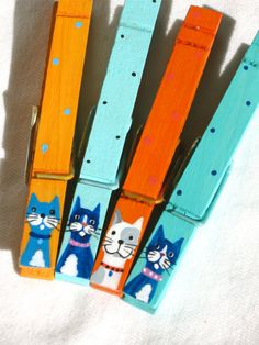 COLORFUL CATS CLOTHESPINS hand painted magnetic by SugarAndPaint- Love!