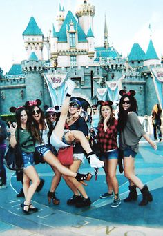 Great photo to do at Disney...actually any fun place