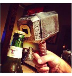 Décapsulez vos bières comme un Dieu nordique !