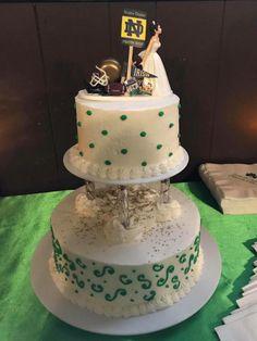 CAL Football Groom Cake Fun But Cute Wedding By Splendorlocity 5999