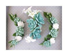 Succulents hair comb, bridal set, light green succulent hair pieces, real touch succulent. https://www.etsy.com/ru/shop/FlowersofSharon?ref=hdr_shop_menu
