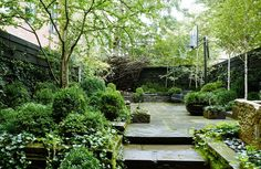 Townhouse Garden on West 11th Street - Sawyer / Berson