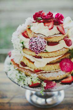 Na jesienne smutki najlepszy jest prawdziwie letni tort z owocami. Koniecznie z filiżanką dobrej #herbaty #Big-Active http://www.big-active.pl/