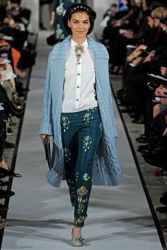 Oscar de la Renta | Fall 2012 Ready-to-Wear Collection | Vogue Runway