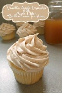 Vanilla Apple Cupcakes with Apple Cider Buttercream Frosting - Southern Krazed