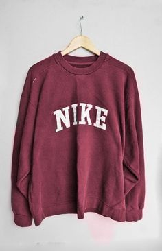 Find More at => http://feedproxy.google.com/~r/amazingoutfits/~3/vZ1BvSieDgc/AmazingOutfits.page Womens Nike Sweatshirts, Nike T Shirts, Nike Hoodies For Women, Outfits With Sweatshirts, Nike Shoes For Women, Red Nike Shoes, Nike Casual Shoes, Nike Shoes Outfits, Sports Shoes