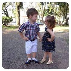 Morning Bacannas!!! E nada melhor que começar a sexta com essa cena encantadora, linda, fofa, deliciaaaa, dessa duplinha que amooo! Isa & Be!!! Isa veste: Vestido: Infanti com babados, tendencia verão 2016 e sapatilha:  @ortope Be veste: Camisa :  @levis bermuda: Jhonny Fox e tênis: @tommyhilfiger #guriasbacannas #redebacanna #kids #styles #fofuras #instakids
