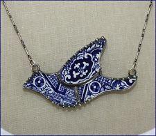 BLUE WILLOW MOSAIC BIRD BLUEBIRD BROKEN CHINA JEWELRY PENDANT NECKLACE