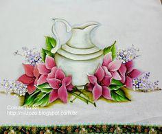 pintura em tecido jarra com flores hibisco                                                                                                                                                     Mais