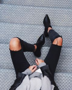 The latest selection of casual fall outfits you can wear everyday this season. More outfit ideas curated every week just for you. Looks Street Style, Looks Style, Style Me, Black Style, Look Fashion, Fashion Beauty, Fashion Outfits, Fashion Trends, Fashion Black