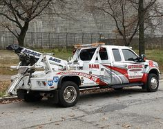 Sergeant Al's Police Traffic Ticket Blog: WHAT IS AN AUTHORIZED TOW?