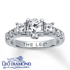Leo Diamond Ring 1 3/8 ct tw Princess-cut 14K White Gold