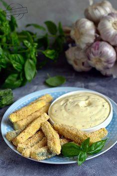 Frytki z cukinii – Smaki na talerzu Pickles, Cucumber, Food And Drink, Vegetables, Veggies, Vegetable Recipes, Pickle, Zucchini, Pickling