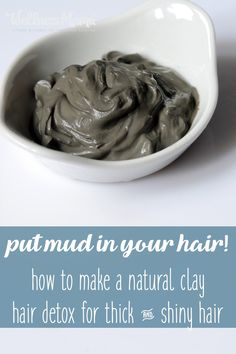 Natural clays help detox your hair to leave it shiny and thick without the need for chemicals. This recipe explains how and why your hair needs a detox. Natural Hair Care, Natural Hair Styles, Natural Beauty, Natural Life, Natural Living, Natural Shampoo, Au Natural, Going Natural, Organic Beauty