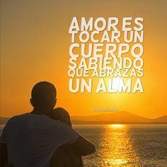 #Amor es tocar un cuerpo sabiendo que abrazas un alma. #Candidman #Frases https://t.co/okTC0fOBZu @candidman
