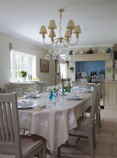 Shaker-style kitchen-diner with grey accents