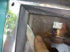 The Complete Vintage Travel Trailer Restoration Web Site-removing the window glass