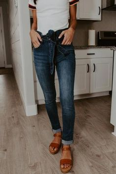 Missy High Waisted Jeans is part of Boho fashion Kimono Hats - tumble dry low Ripped Jeggings, Ripped Skinny Jeans, Casual Outfits, Cute Outfits, Fashion Outfits, Modest Fashion, Fashion Styles, Fashion Fashion, Fashion Brands