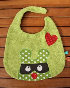 Cute raccoon bandit bib :)
