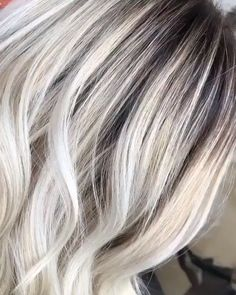 Tone AND strengthen your client's hair in just 10 minutes with 🌿   Lara Kay used shades Cashew Beige and Oat Beige for this blonde. Hair transformation By: Use Brilliant Blonde To Lift and Pearl Blonde Toner To Tone Hair videos Silver Blonde Hair, Blonde Hair Girl, Platinum Blonde Hair Color, Blonde Ombre, Beautiful Hair Color, Cool Hair Color, Gray Hair Colors, Hair Color Highlights, Silver Highlights