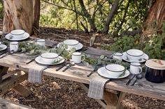 Outdoor Entertaining Essentials: Crow Canyon Home Tableware – Rip & Tan Outdoor Settings, Table Settings, African Christmas, Safari Wedding, Camping Dishes, Heath Ceramics, Table Top Design, Wedding Place Settings, Kitchen Themes