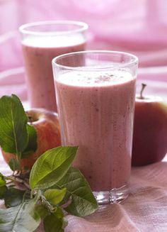 14 lækre smoothies opskrifter Juice Smoothie, Smoothie Recipes, Keto Recipes, Cooking Recipes, Healthy Juices, Atkins Diet, Food N, Nutribullet, Brunch