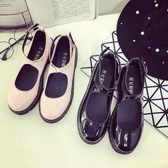 Japanese sweet flat shoes
