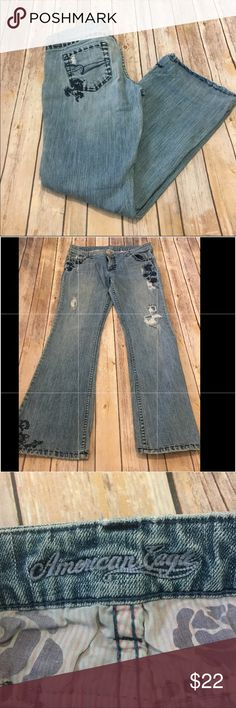 American Eagle embroidered jeans American Eagle embroidered distressed jeans American Eagle Outfitters Jeans