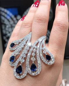 Most Expensive Diamond Ring In The World and Jewellery Stores Northland plus Ring Organizer Tray Antique Jewelry, Silver Jewelry, Vintage Jewelry, Gemstone Jewelry, Blue Diamond Jewelry, Silver Rings, Diamond Choker, Sapphire Diamond, Diamond Rings