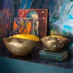 Und schon wieder ein Highlight von Tom Dixon! Die Bash Vessel Schalen mit Gold-Finish erinnert an den Orient....