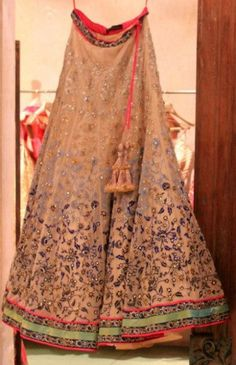 Beautiful Summer Wedding Lehenga by Jade, something like this with a super bold colored blouse Indian Suits, Indian Attire, Indian Wear, Lakme Fashion Week, India Fashion, Boho Fashion, Pakistani Dresses, Indian Dresses, Desi Wear