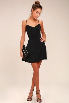 Yours Forever Black Backless Skater Dress 5 Source by black dress outfit Little Black Dress Outfit, Black Dress Outfits, Outfits Casual, Little Black Dresses, Simple Black Dress, Dress Casual, Cute Black Dress, Cool Outfits, Men Casual