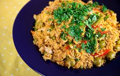 Arroz con Pollo (rice with chicken) - a great way to get protein, carbs & veggies all in one dish