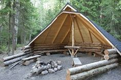 Dies wird Laavu genannt (Laavu, ein traditionelles finnisches Tierheim, das jeder Passant … – Winziger Garten Modelle This is called a laavu (Laavu, a traditional Finnish shelter any passerby may us… Bushcraft Camping, Camping Survival, Wilderness Survival, Edwardian Haus, Outdoor Spaces, Outdoor Living, Outdoor Dog, Outdoor Shelters, Camping Shelters
