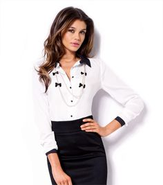 El básico de esta temporada será esta camisa bicolor ¿Ya la tienes? #venca #moda #newseason