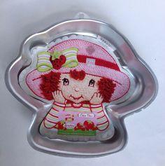 Wilton Strawberry Shortcake Cake Pan 2003 With Insert And Instructions 2105-7040 #Wilton #StrawberryShortcake