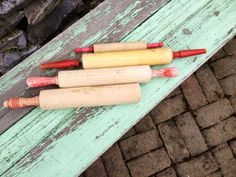 RED HANDLE ROLLING PINS 4 Wood WOODENWARE Kitchen VINTAGE PRIMITIVE UTENSILS